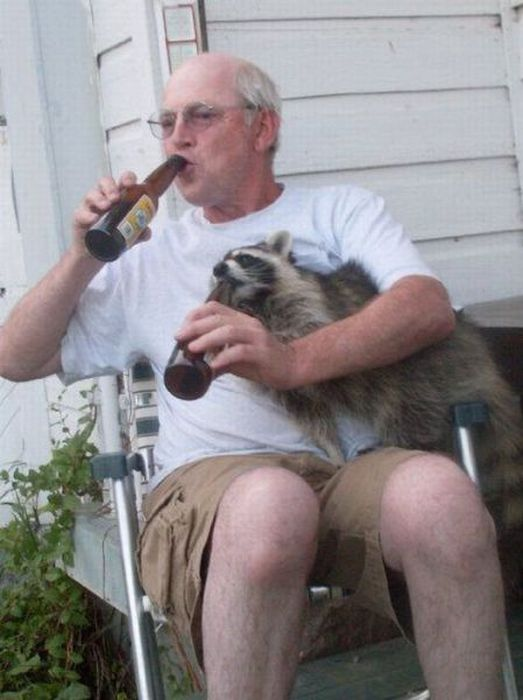 13-09-22-drinkbeer