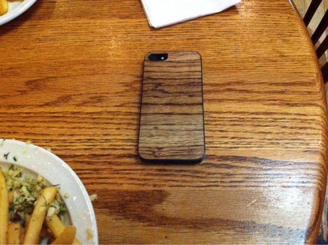 140102-Coque iPhone